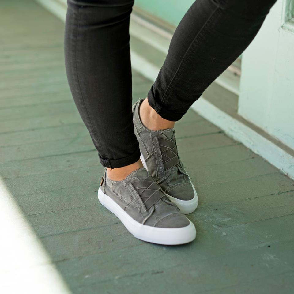 Blowfish Women's Marley Fashion Sneaker
