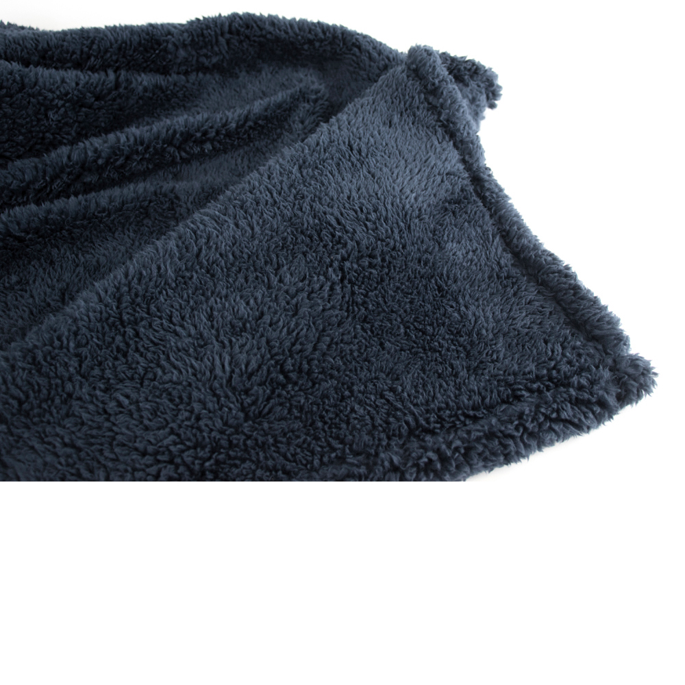 Soft-Fuzzy-Warm-Cozy-Throw-Blanket-with-Fluffy-Sherpa-Fleece-for-Sofa-Couch-Bed thumbnail 18