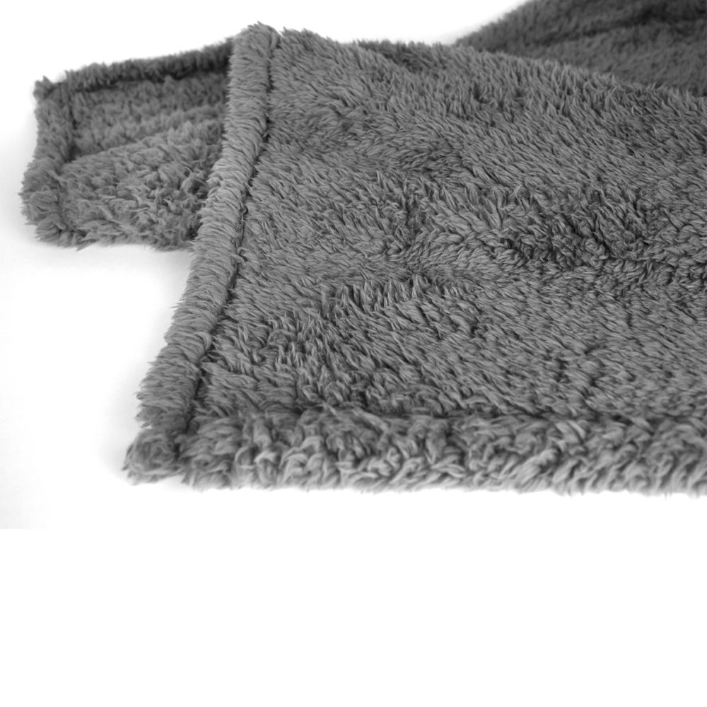 Soft-Fuzzy-Warm-Cozy-Throw-Blanket-with-Fluffy-Sherpa-Fleece-for-Sofa-Couch-Bed thumbnail 23