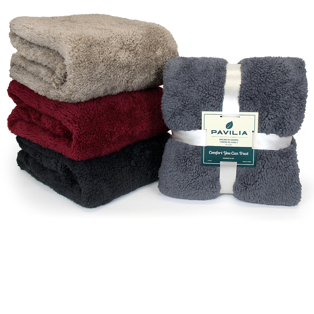 Soft-Fuzzy-Warm-Cozy-Throw-Blanket-with-Fluffy-Sherpa-Fleece-for-Sofa-Couch-Bed thumbnail 7