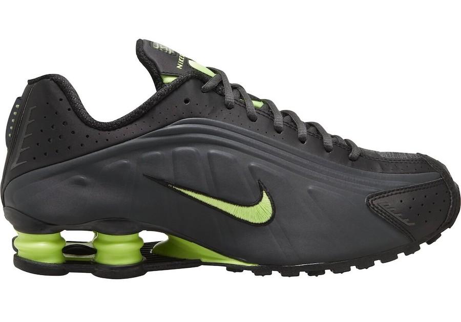 Nike Mens Shox R4 Running Shoes   eBay