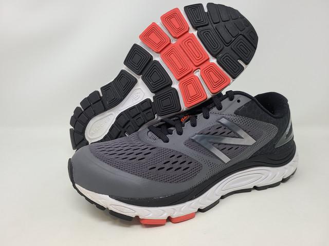 840 v4 Running Shoe, Silver Mink/Team